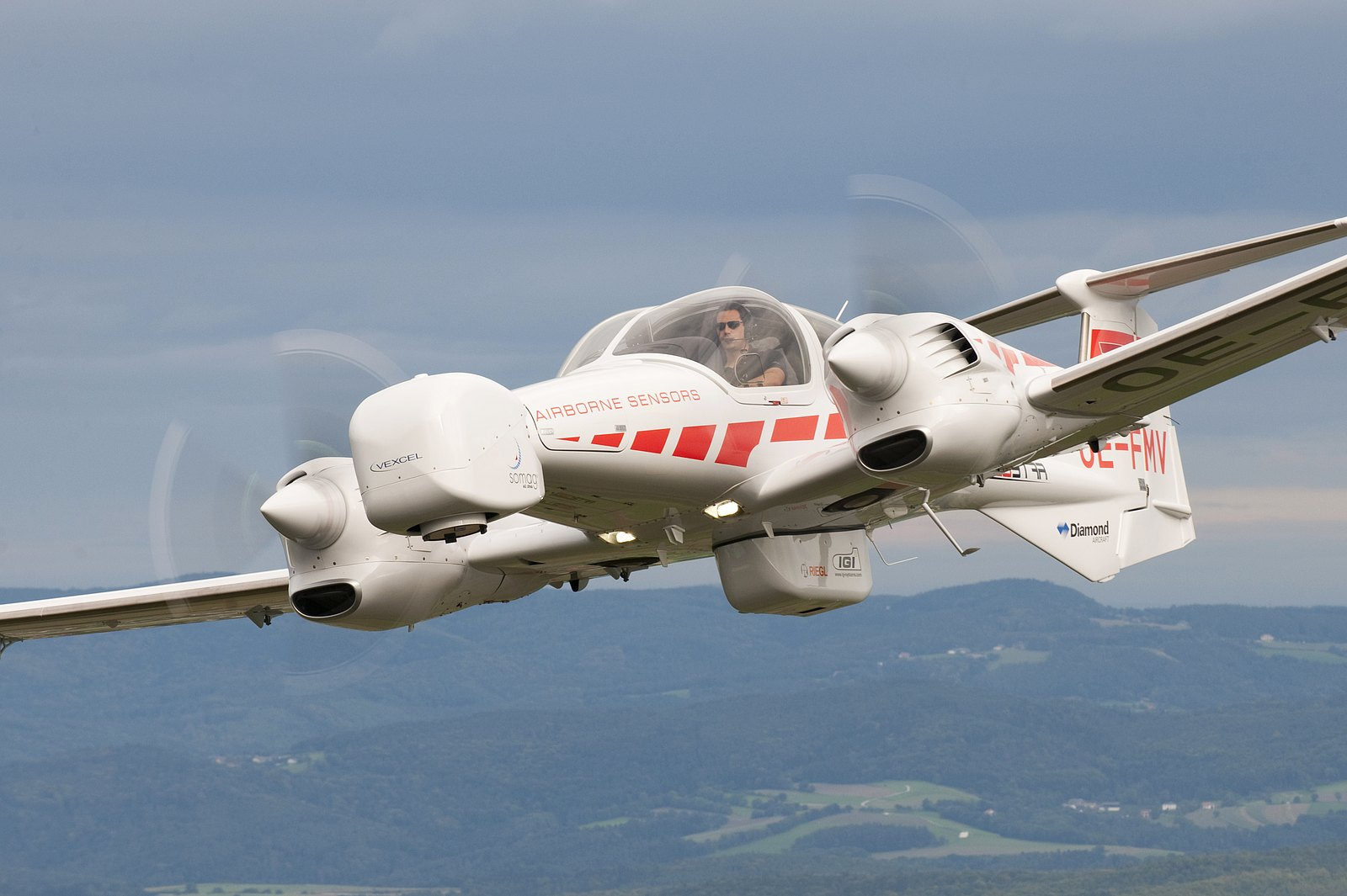 Самолет Diamond DA42MPP